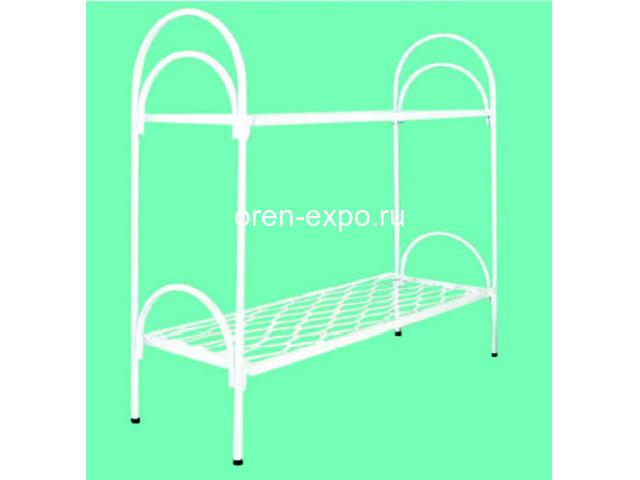 Двухъярусные кровати металлические с лестницами - 1