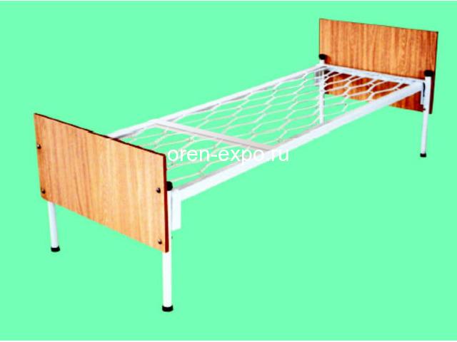 Одноярусные кровати металлические для дома с ДСП - 1